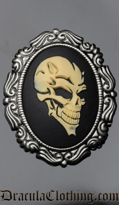 Skull Brooch