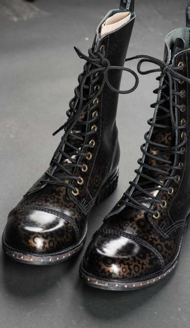 Steampunk Cogwheel Boots